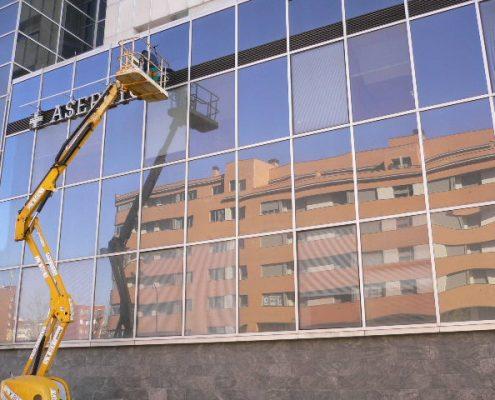 Limpiezas en Edificio Asepeyo